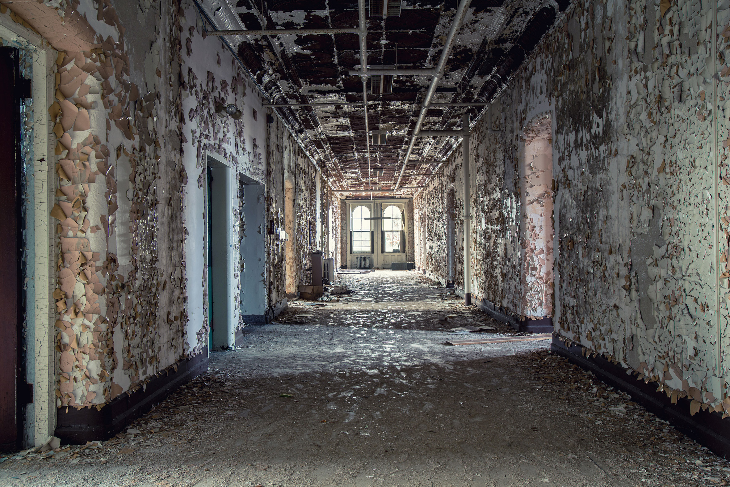 Abandoned-Asylums-8.jpg