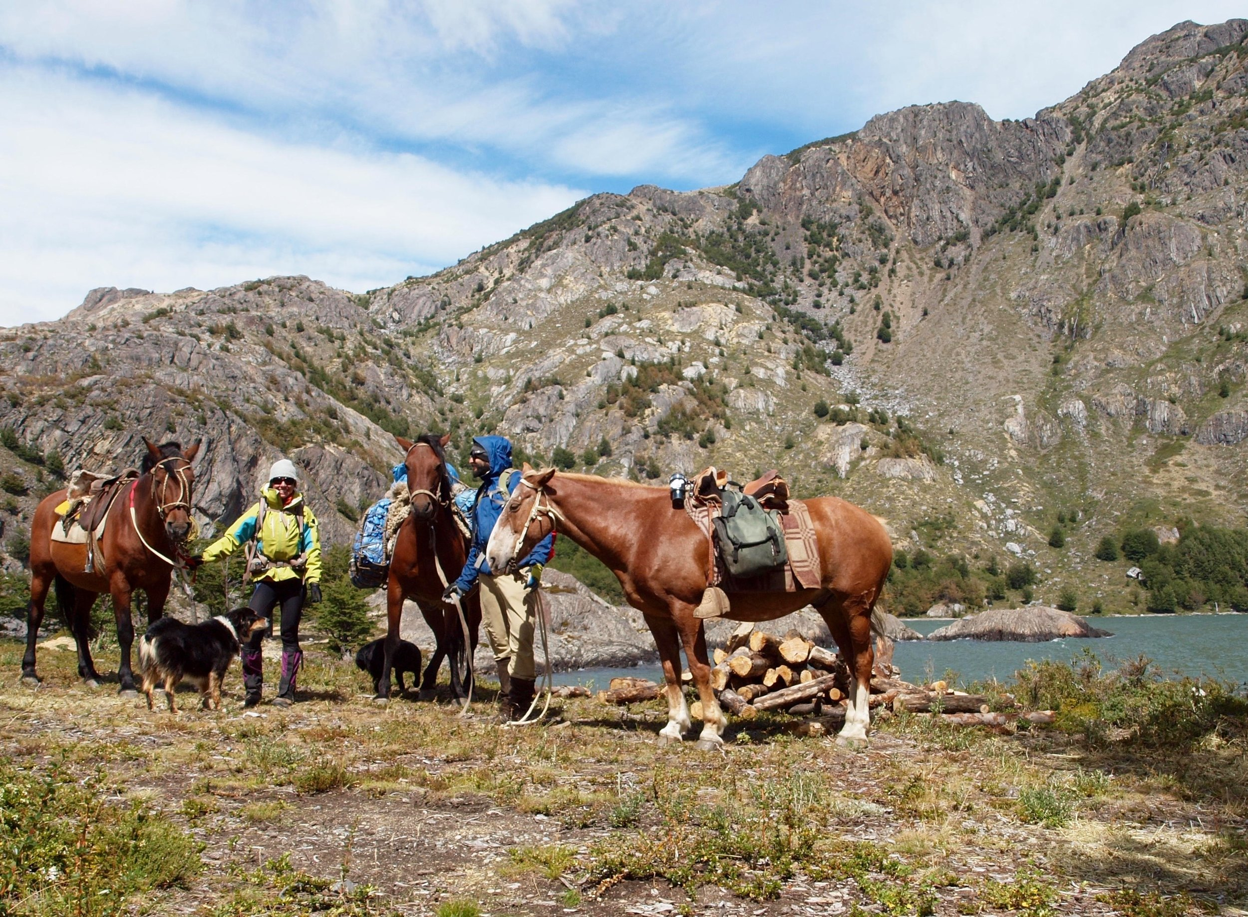 Picante, Greta, Check, Curi Cuyen, Zalig, Alejandro and Aysén in the early days of their expedition across Patagonia