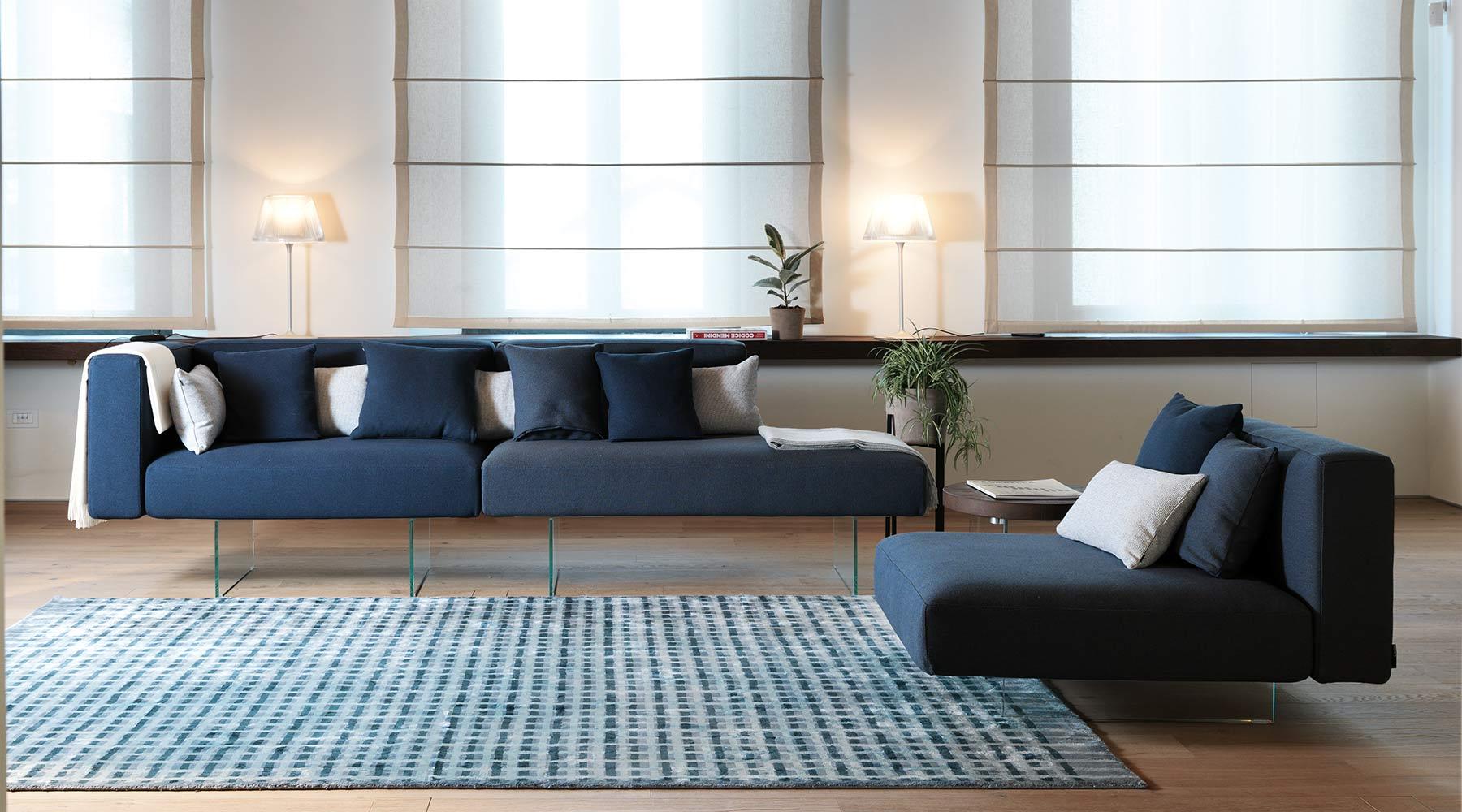 LAGO_Air sofa.jpg
