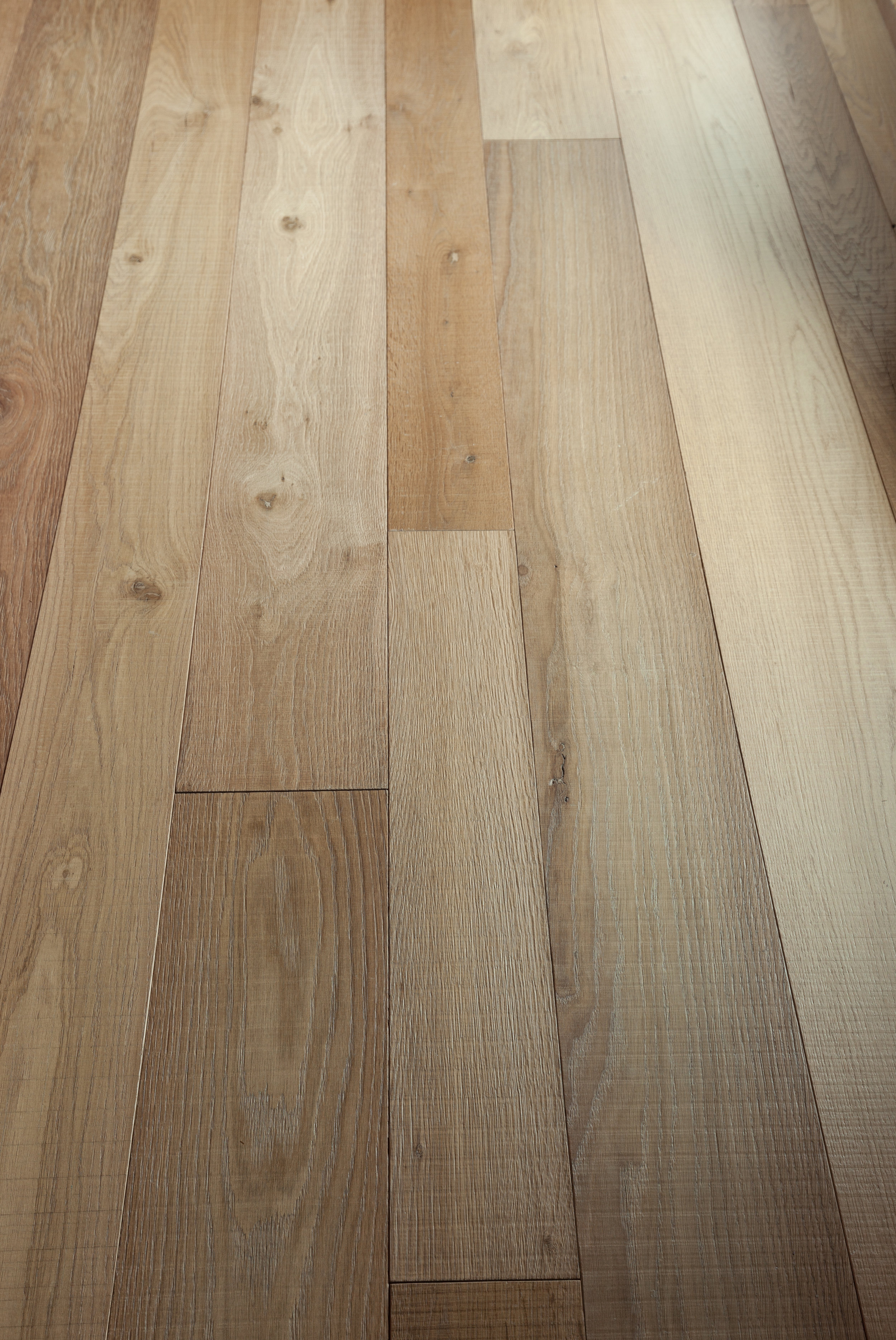 POZZI_Oak_Bio_Brushed_Saw Cut.jpg