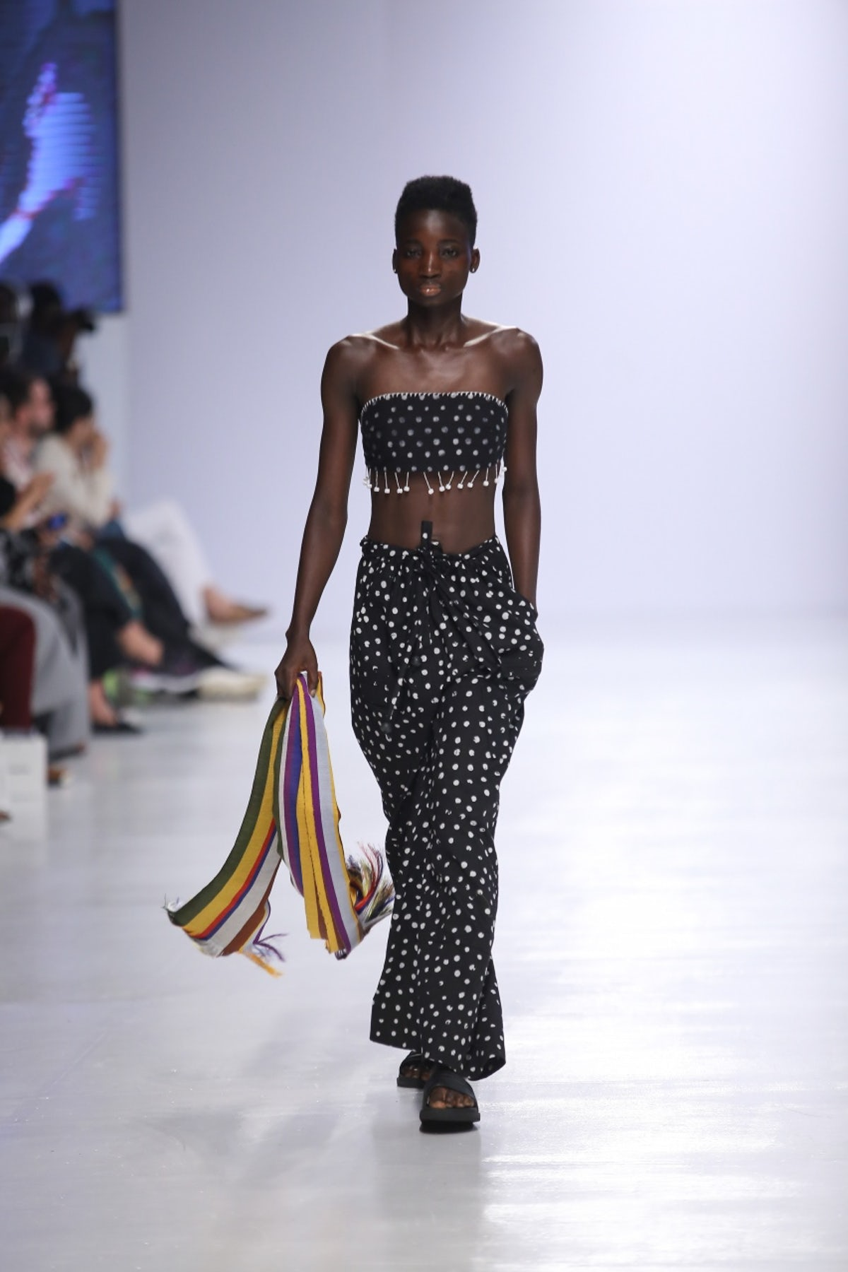 kenneth_ize_look_13_ready_to_wear_spring_2018 (1).jpeg