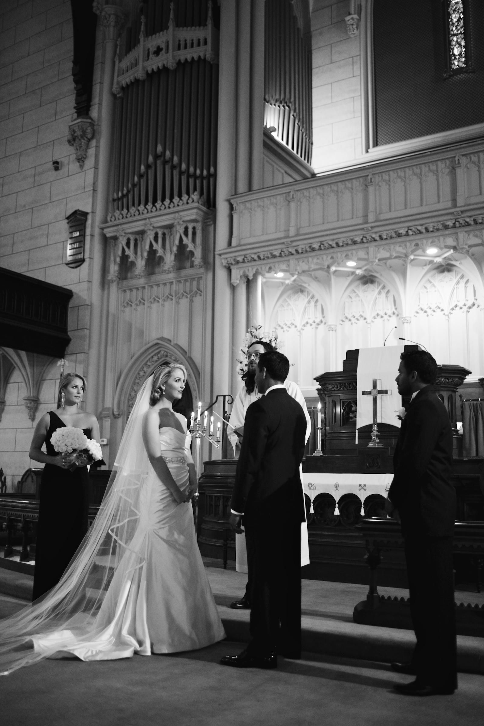 DEX NEW YORK BRIDES NICOLE WEAVER WEDDING BEAUTY .jpg