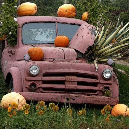 vintage-fall-truck-with-pumpkins.jpg