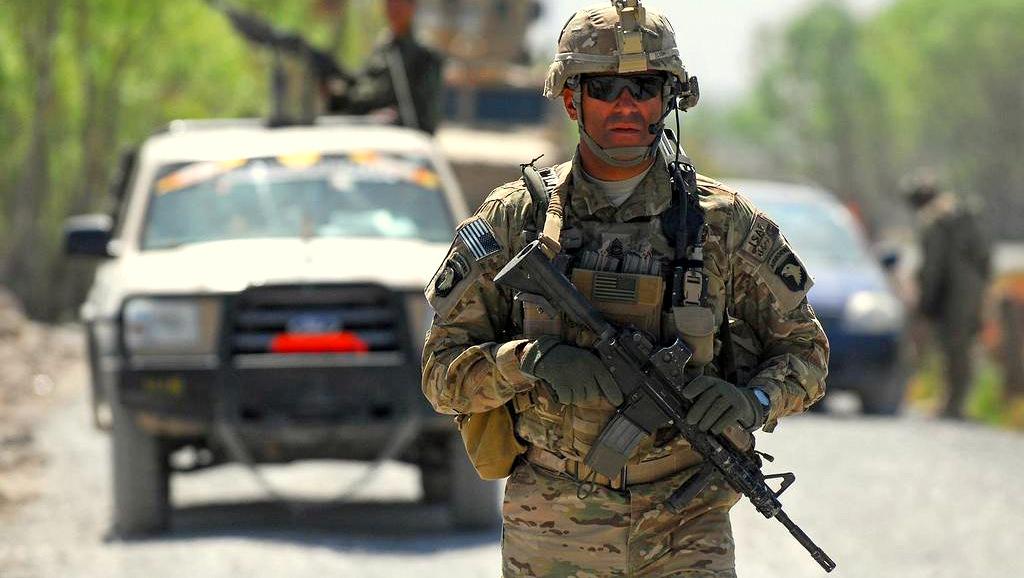 Afghan-Reconstruction-Patrol-Ensign-Haraz-Ghanbari-US-Navy-PD-Flickr.jpg