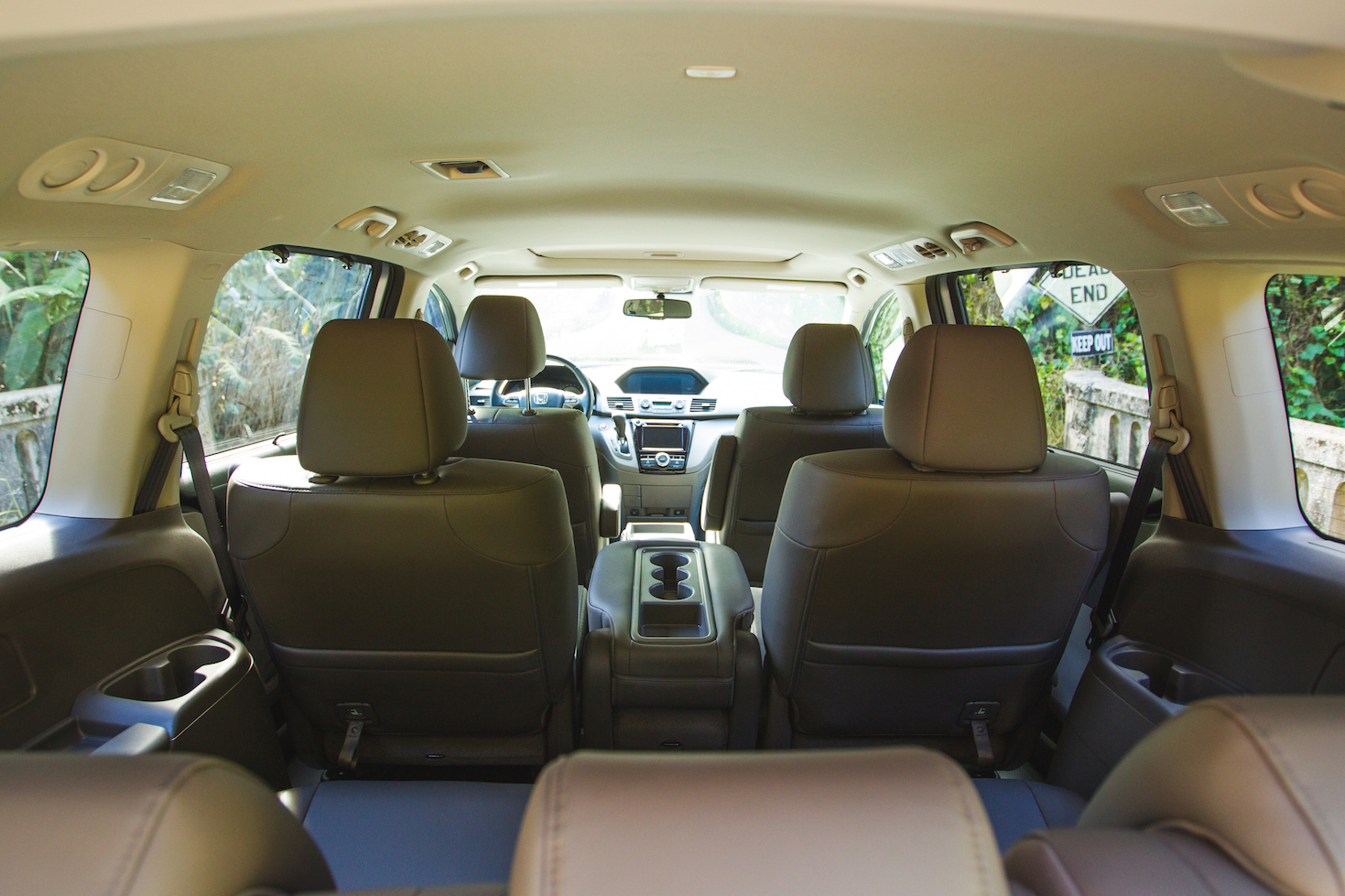 inside-tour-van-local-maui-tours