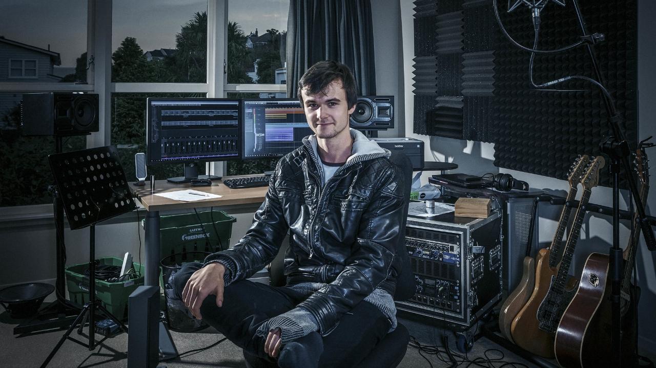 Music production teacher in studio