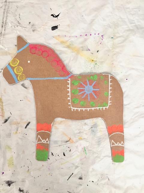 DIY Cardboard Dala Horse 3