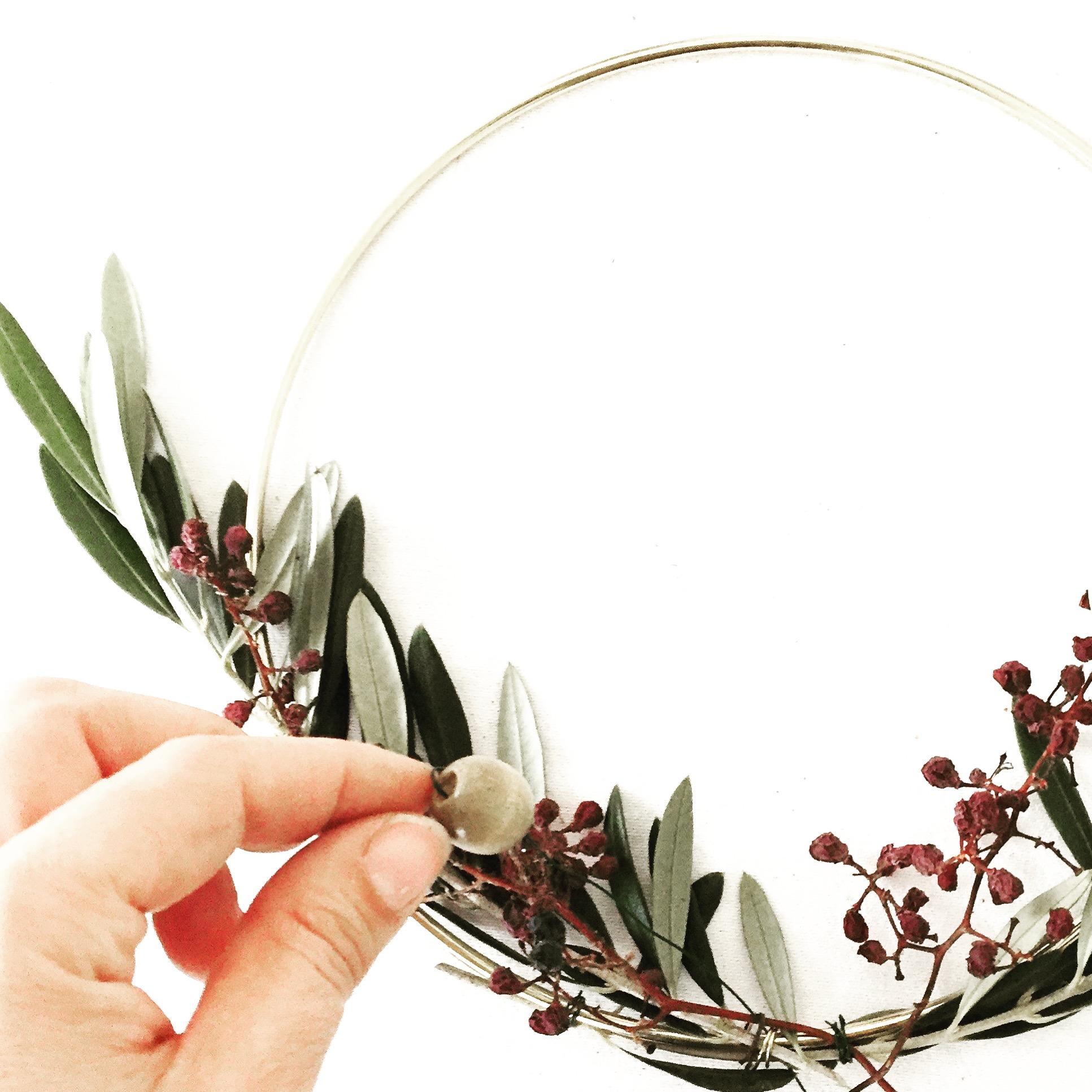 DIY Foraged Wreath 10