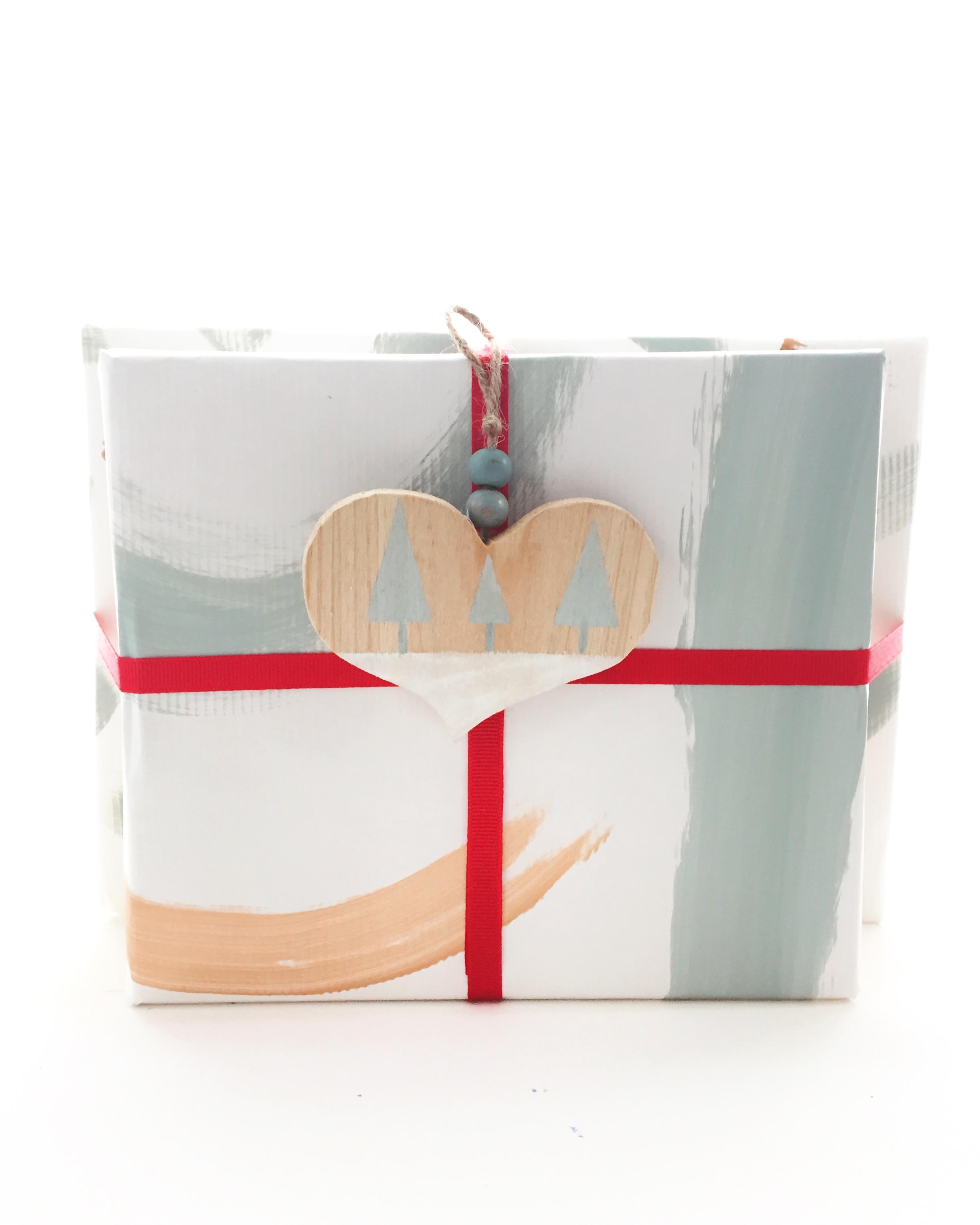 DIY Gift Wrap 10