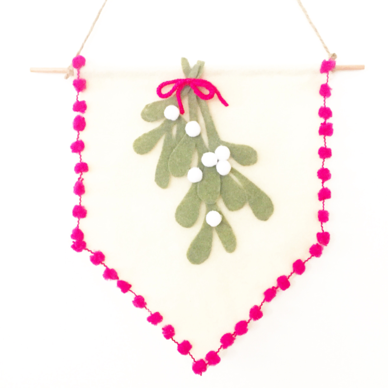 DIY Mistletoe Pennant 7