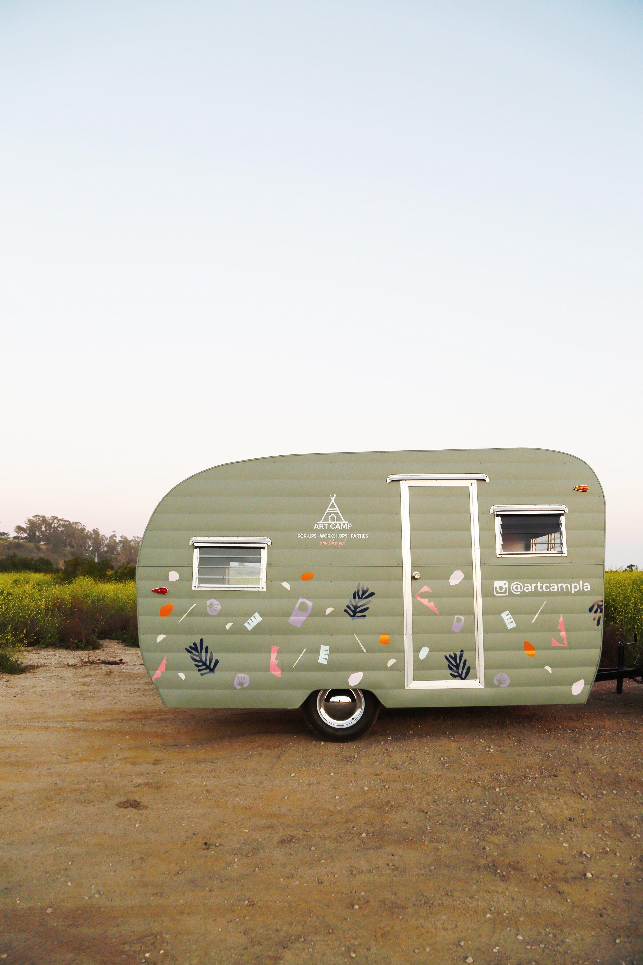 Art Camp Mobile Studio 8