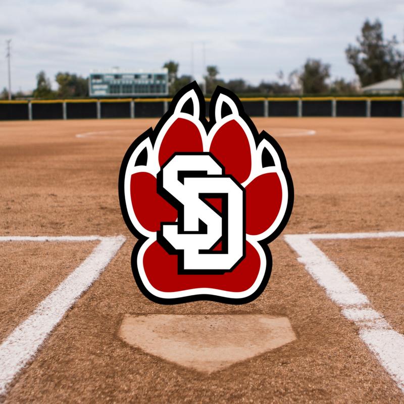 #51 Lilly Aasland     Grad Year:   2018    Position(s)   :  C    High School:   San Clemente   College: South Dakota