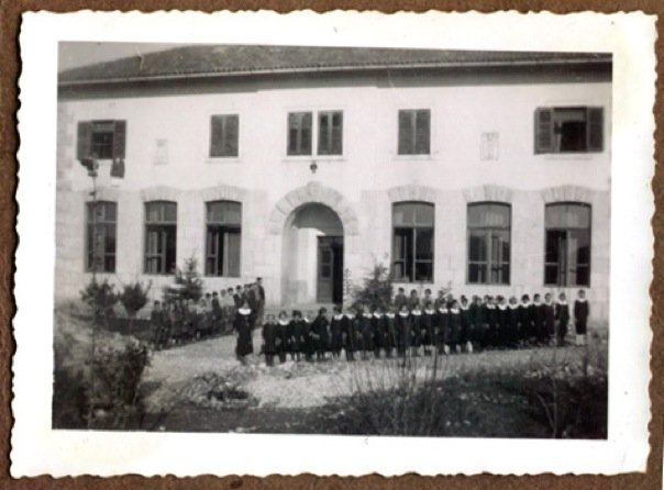 The  school  and house in Vranici where Franco's parents taught.