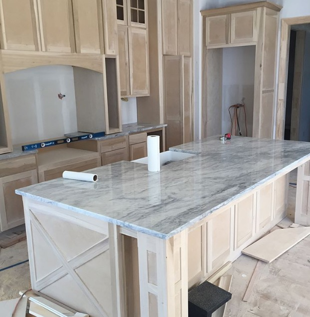 Oh hey, marble! Any Kansas City people looking for a counter top place I highly recommend Beth at SCI, she's even more OCD than me and made sure we had the perfect countertop layouts!