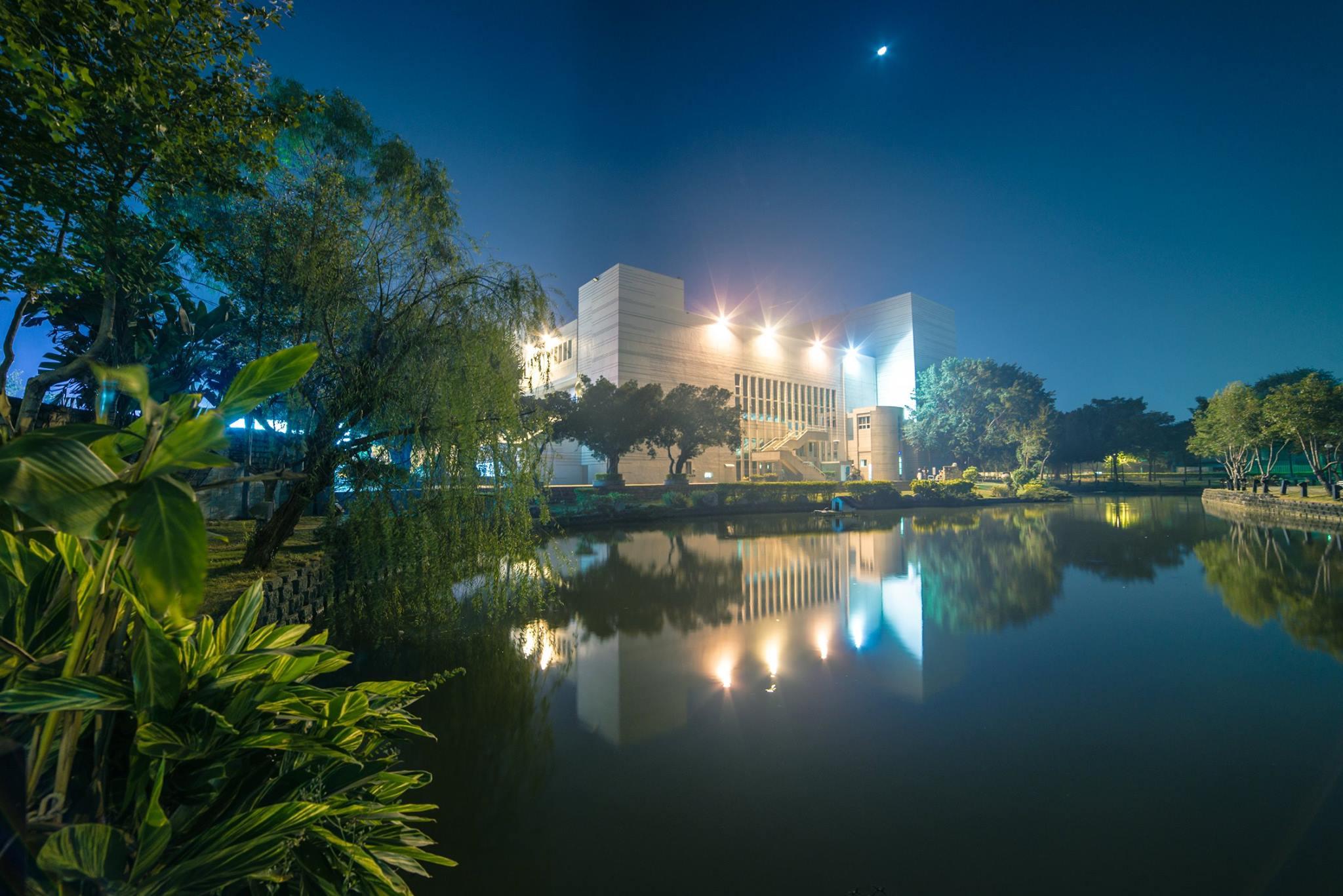 文化中心  Chiayi Cultural Center