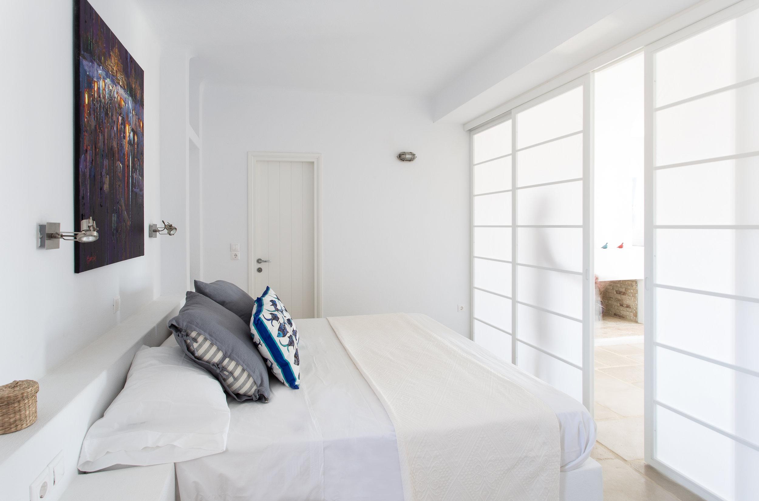47. Master bedroom 2.JPG