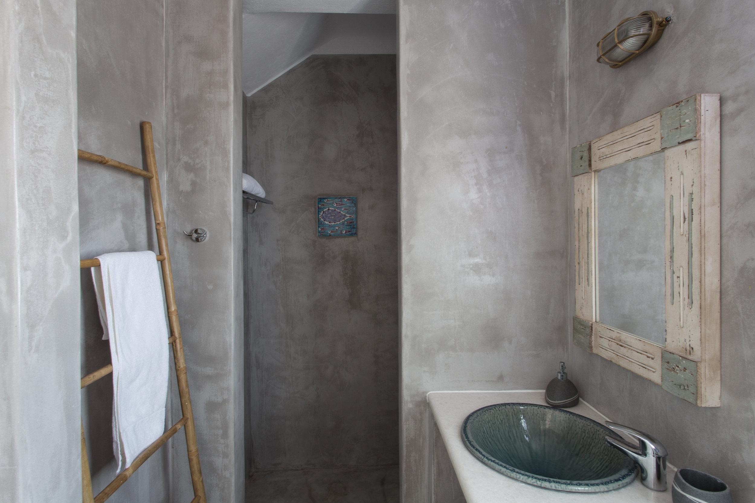 38. Room 1.JPG