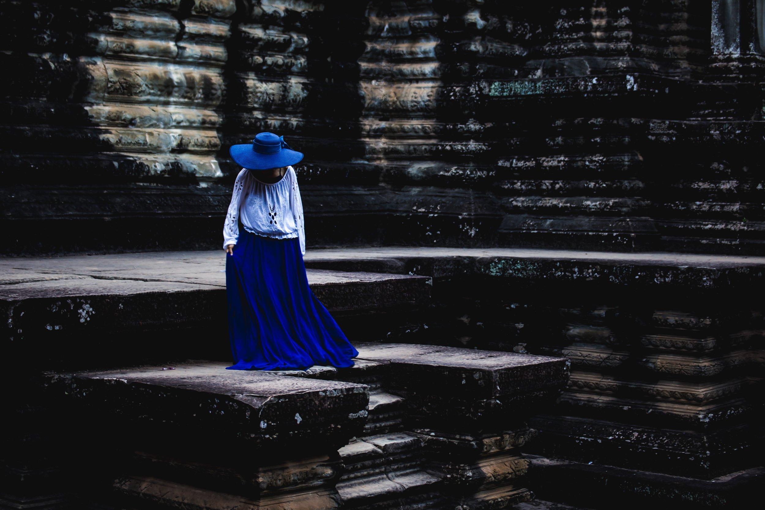 Woman in blue, Angkor Wat - December 2017