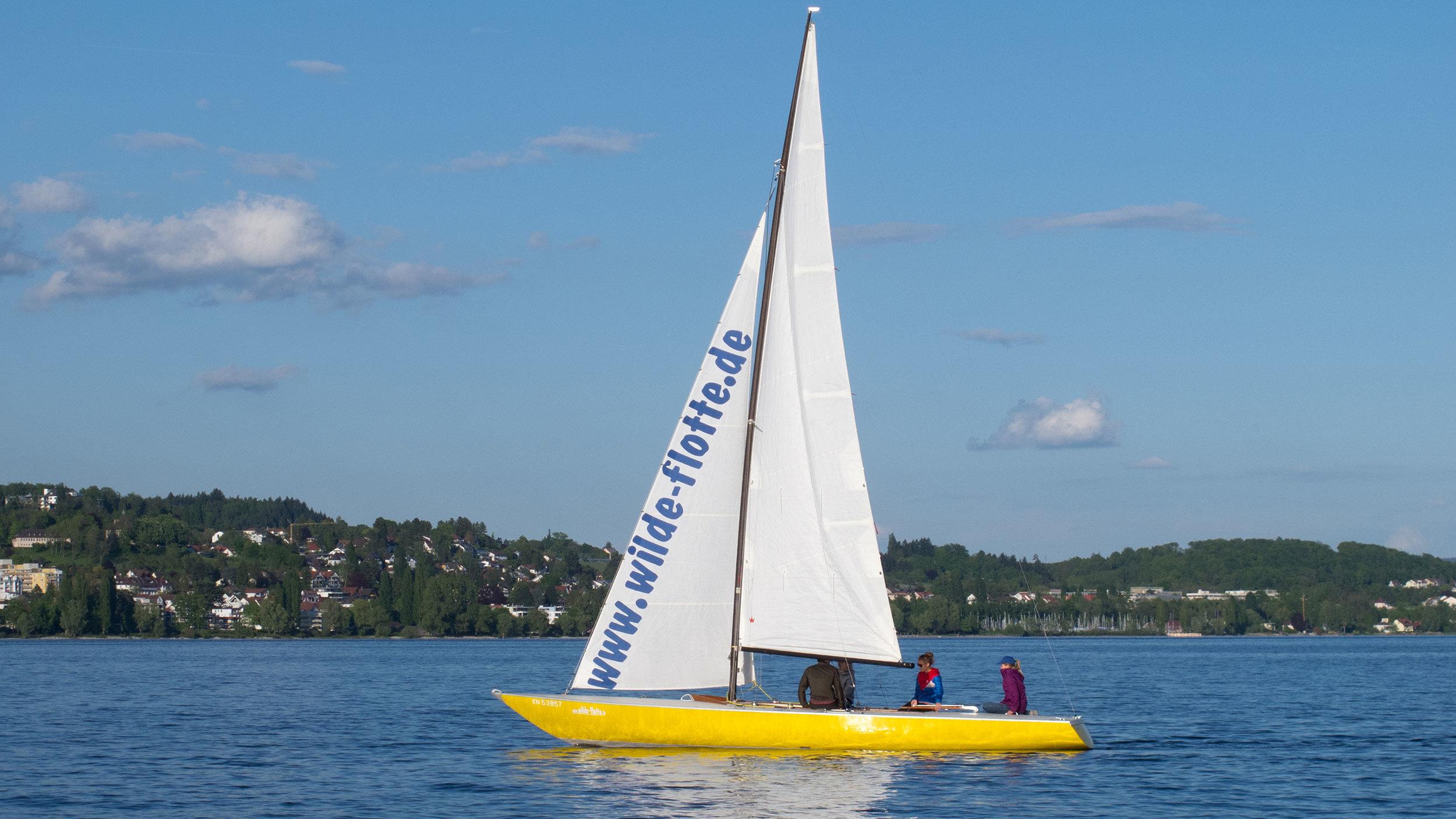 Trias: Offenes Kielboot für bis zu 6 Personen.
