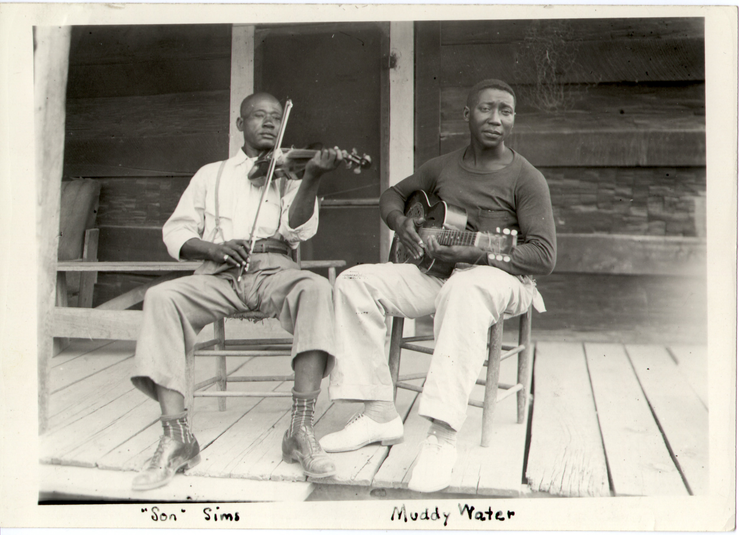 Son_Sims_and_Muddy_Waters_1942.jpg