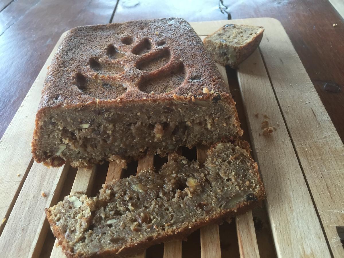 banana bread cake simplelivingspain.jpg