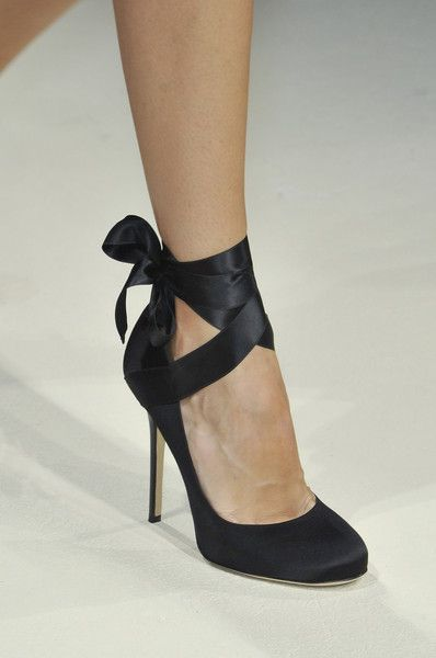ballet-body-sculpture-style-ballet-shoes