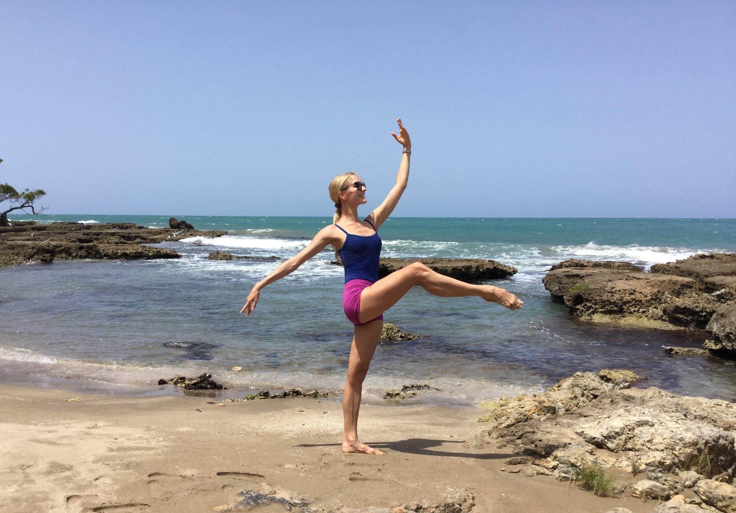 ballet-body-sculpture-posture