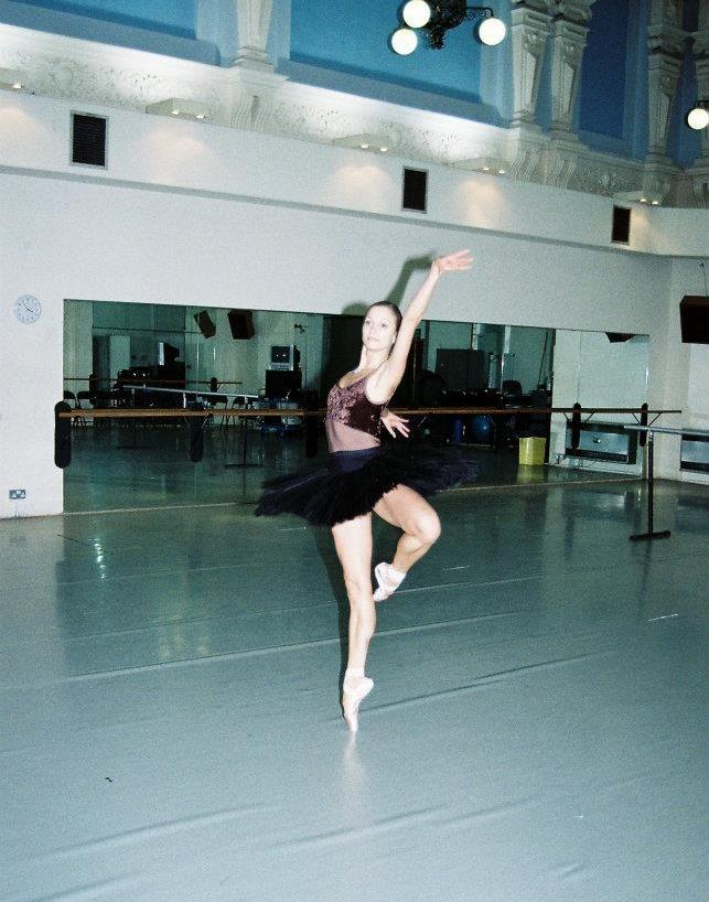 ballet-body-sculpture-asta