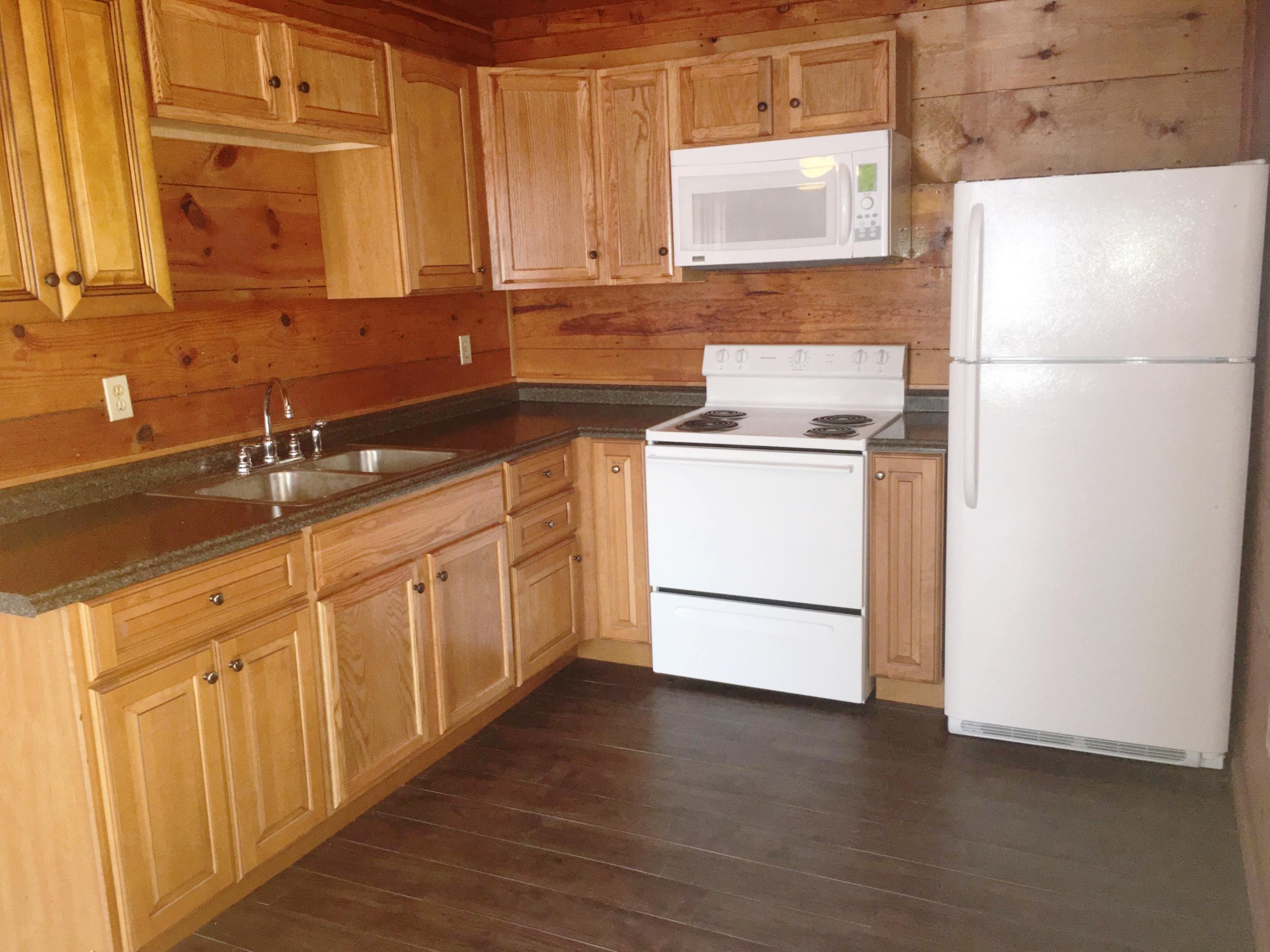 kitchen 252.JPG