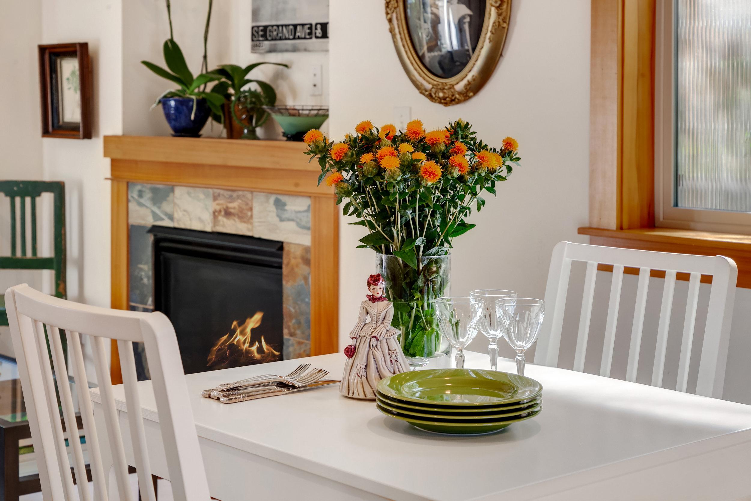2 Dining to Living_Vignette.jpg
