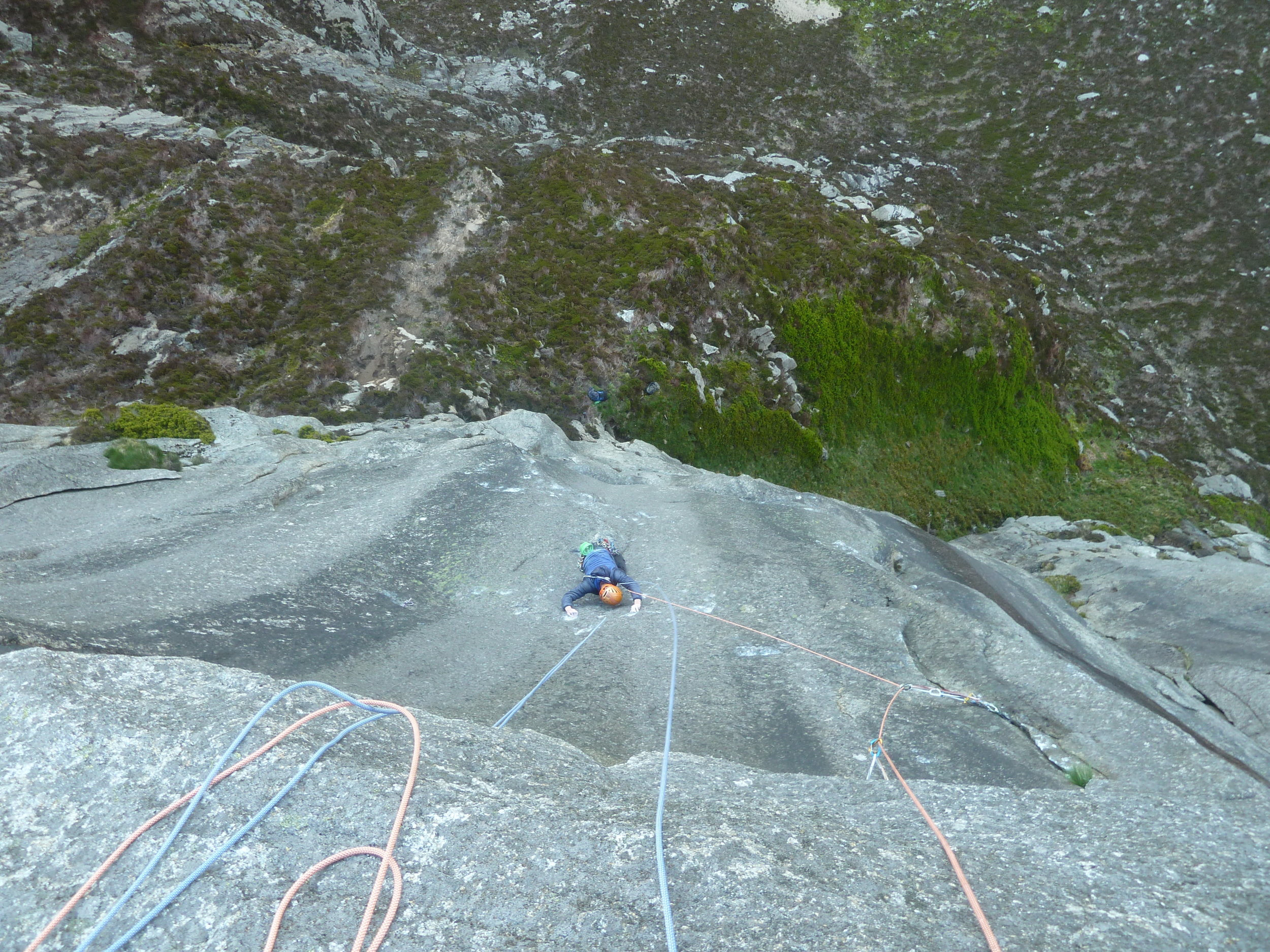 Dan McManus seconding the Pitch 2 of The Great Escape (E8 6c), Arran.