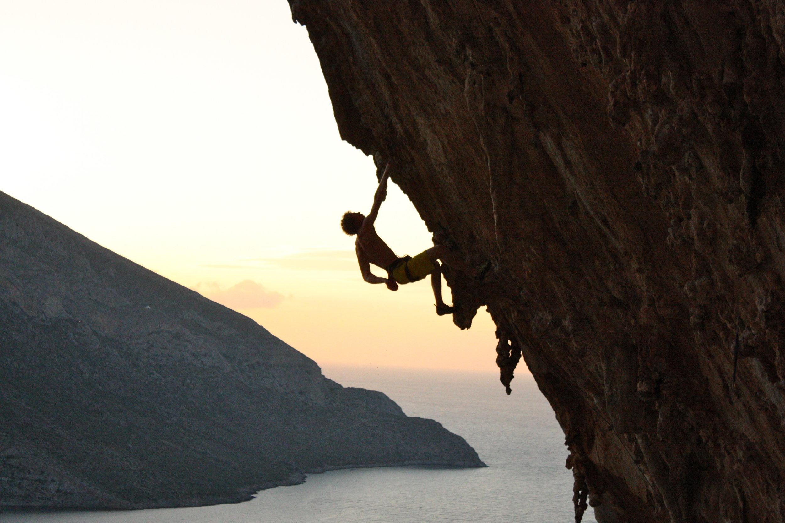 aegealis (7c), grande grotto, kalymnos. photo: rob richardson