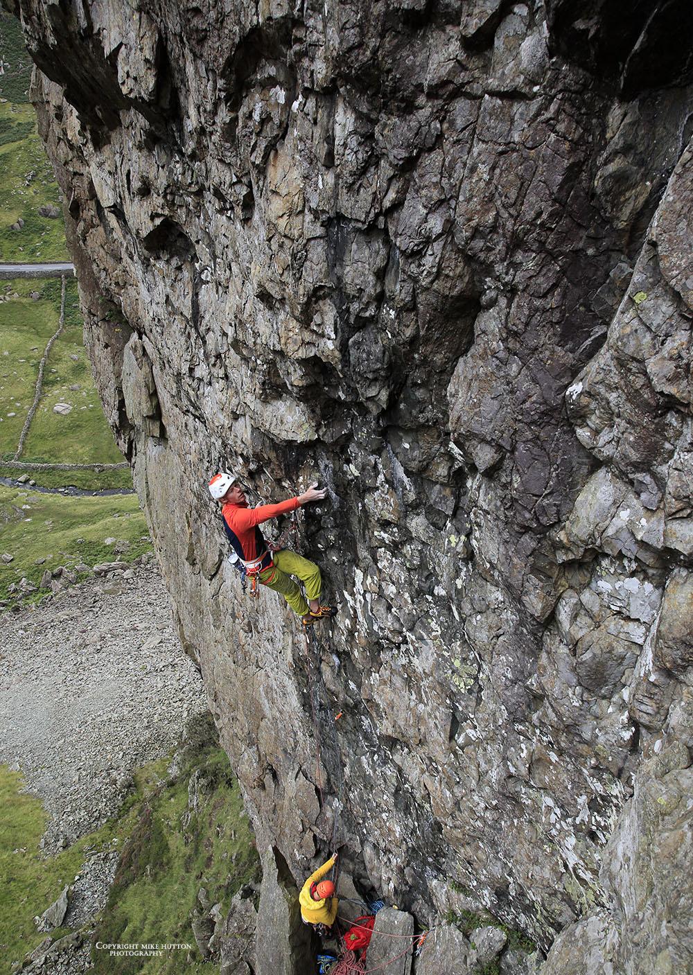 The 39 Slaps (E7 6c), Scimitar Ridge, Llanberis Pass. Photo: Mike Hutton