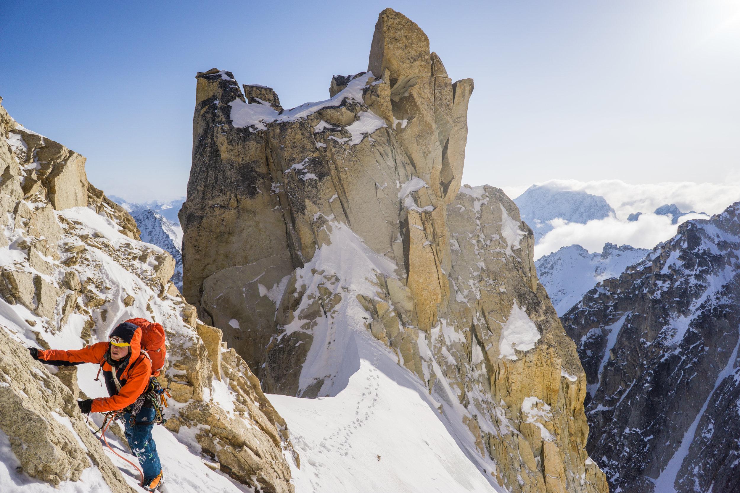 Uisdean Hawthorn on 'Fun or Fear' (ED2), Mt. Jezebel, Revelation Mountains, Alaska. First ascent.