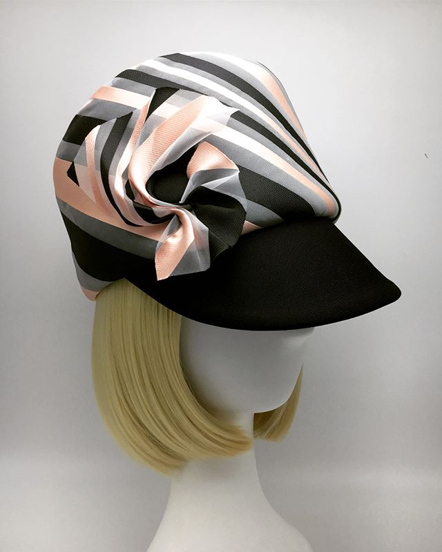 One of those times when you see a beautiful fabric and immediately know what to do. Pillbox Cap in Novelty striped organza from @bandjfabrics and silk barathea. 🖤 . . . . #madeinbrooklyn #couturemillinery #madeinnyc #couturecaps #customhats #noveltyfabrics