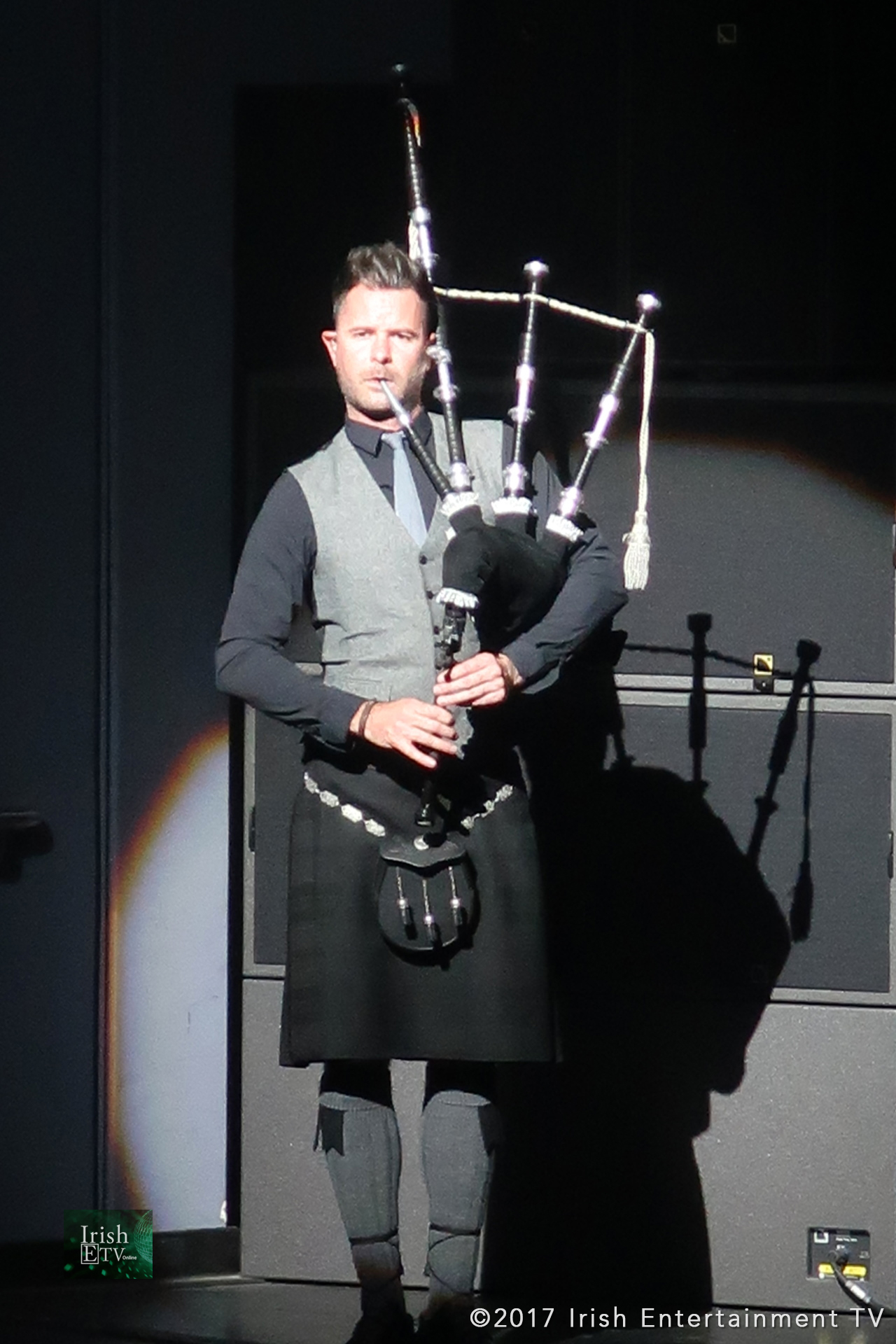 Irish-ETV-Celtic-Woman-Photos-Bagpipe-Solo.jpg