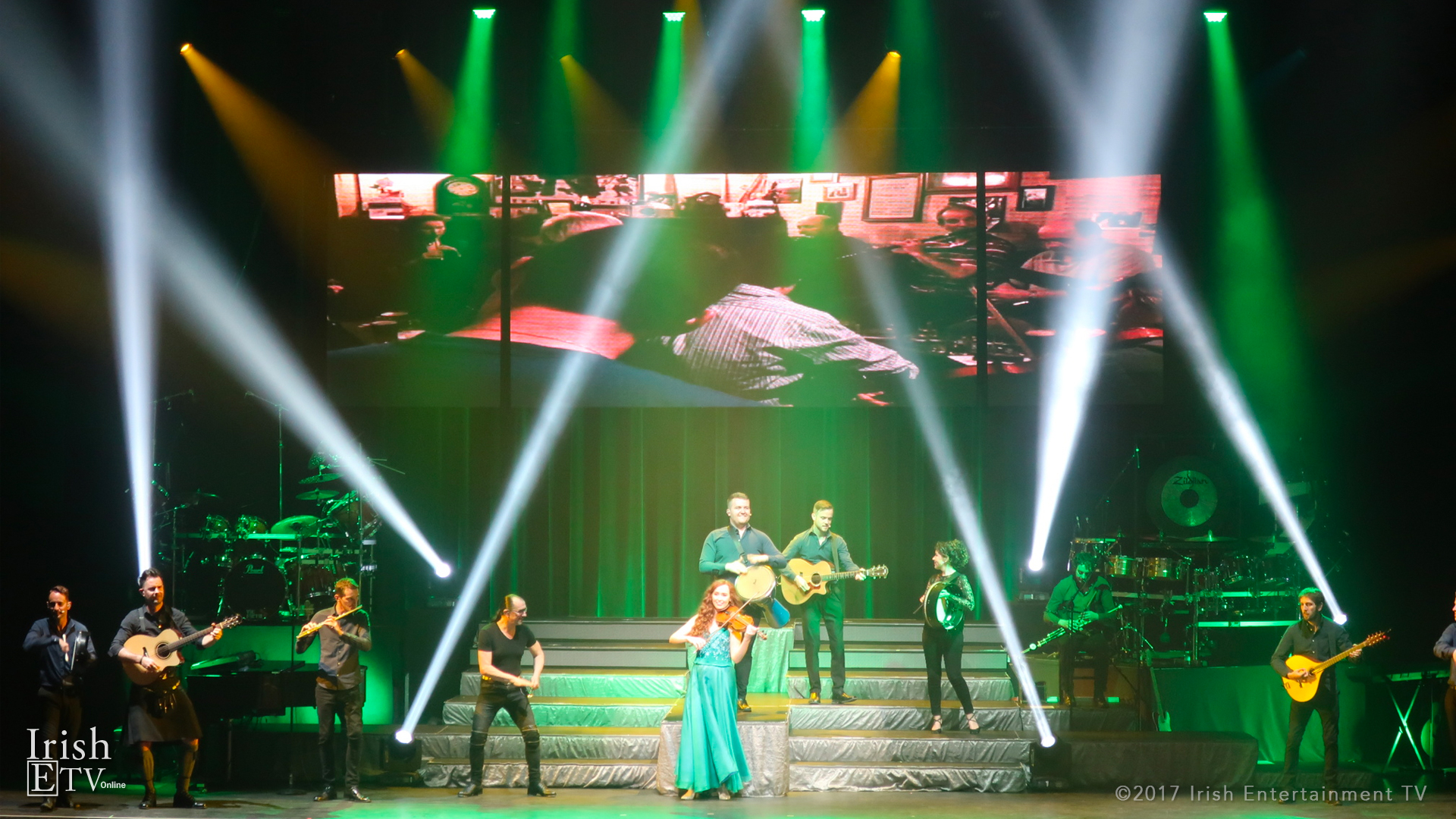 Irish-ETV-Celtic-Woman-Full-Stage.jpg