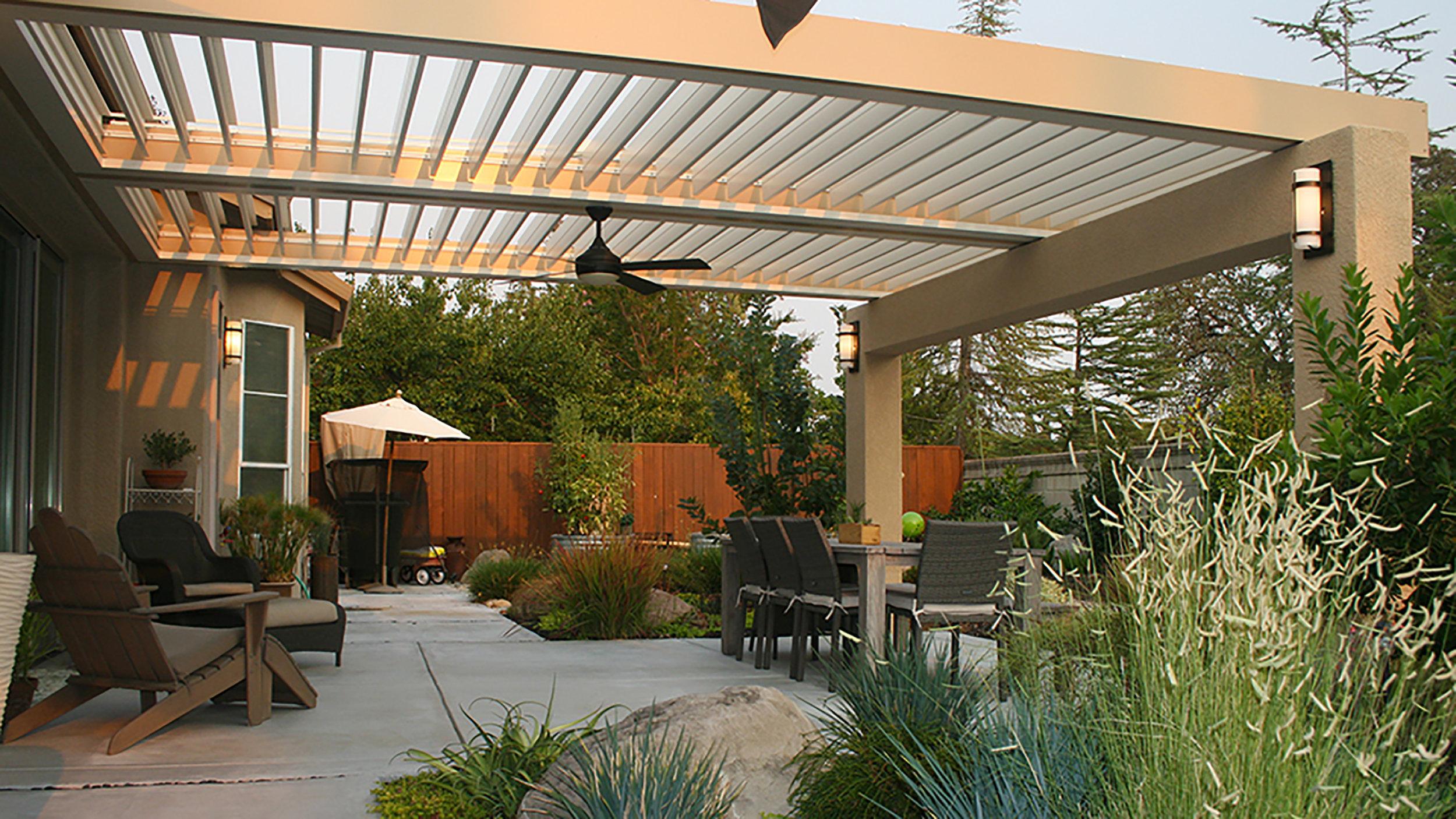 Residential-outdoor dining and living under pergola.jpg