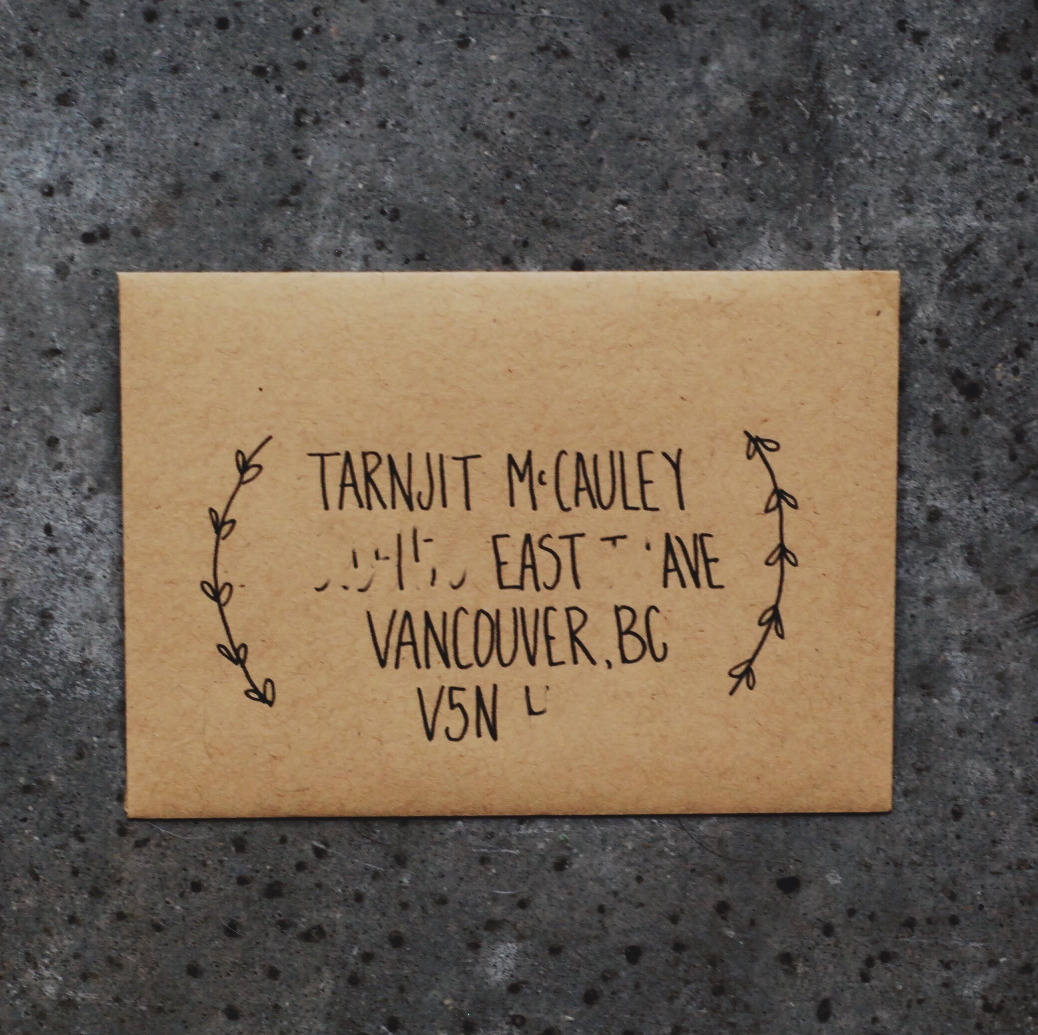 January 2017 Mail Club on livingforeva.com -  hand lettered envelope