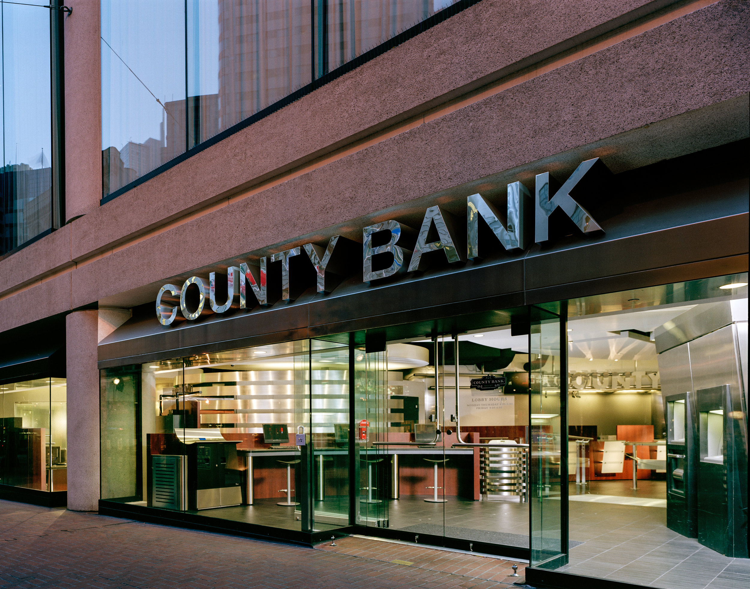 S.F. Bank: Photo -- Market Street entrance