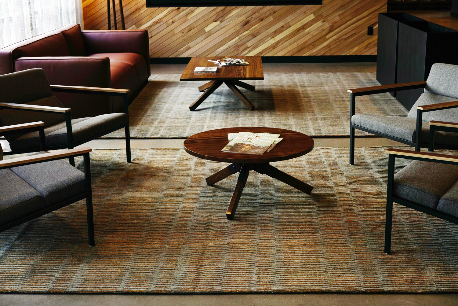Designer: Absolute Procurement Location: Miletus Beverage, Portland, OR Rug Design: Luna