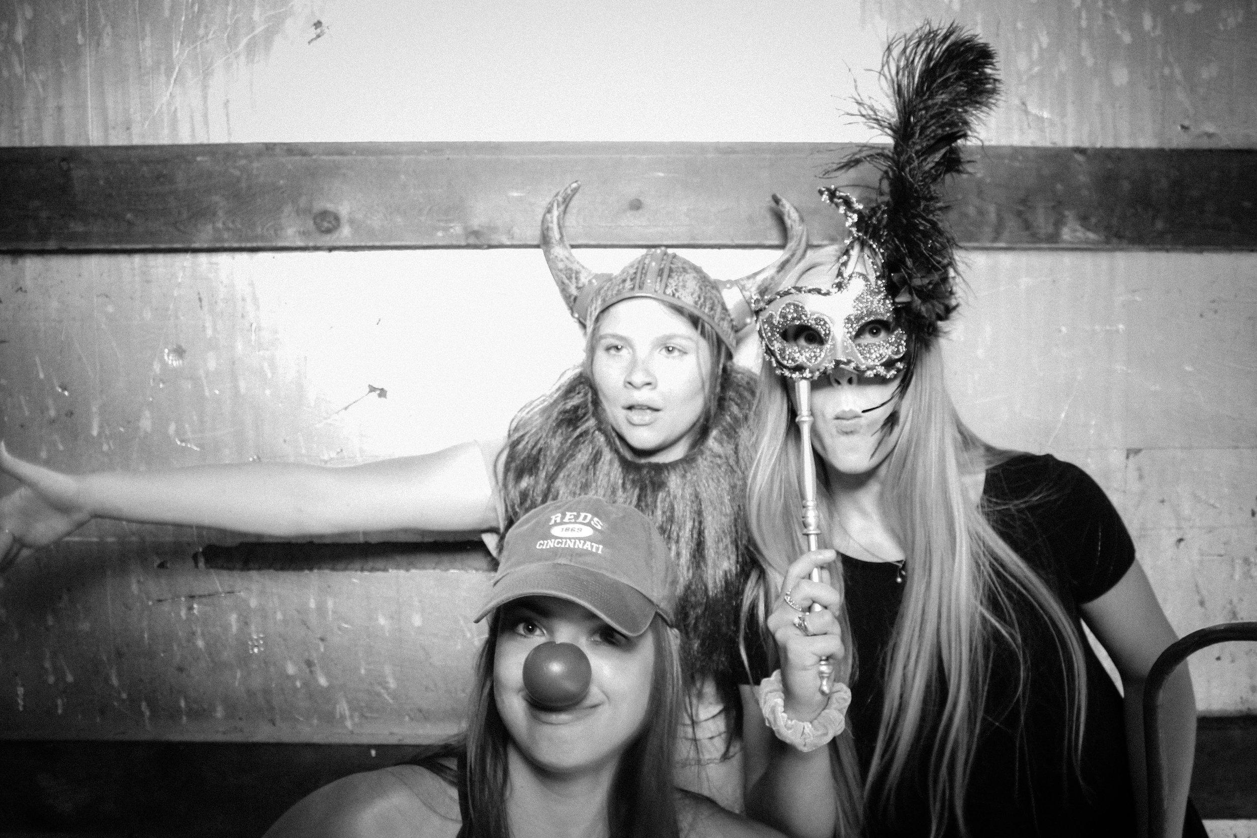 Grad Party 6-3-634.jpg