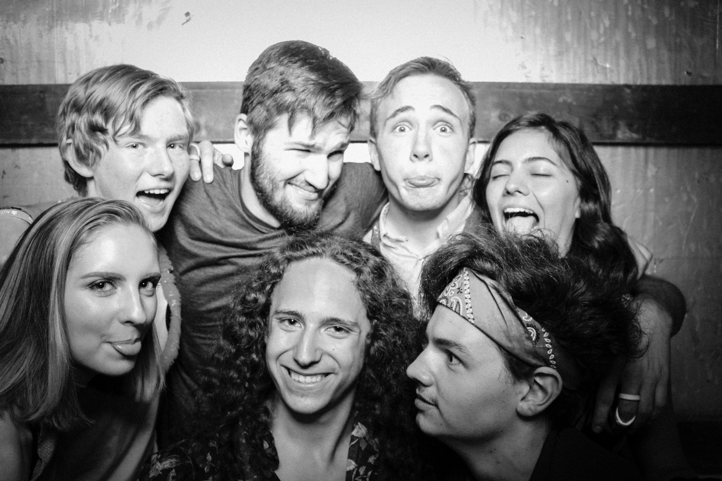 Grad Party 6-3-834.jpg