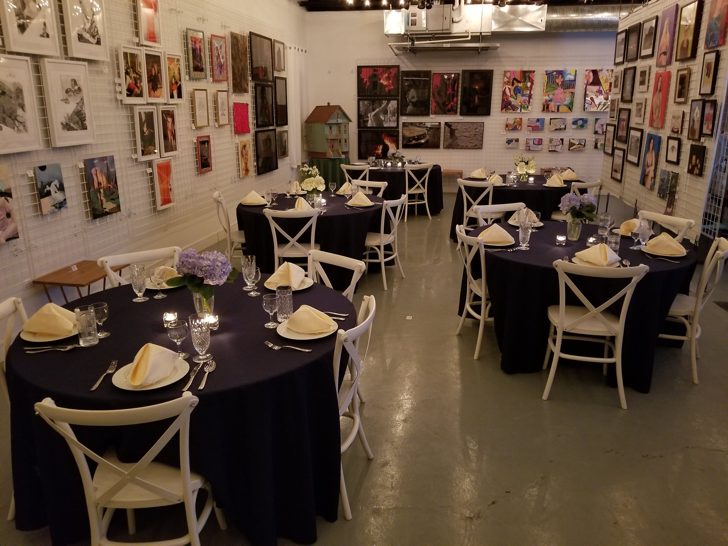 Private Events, Wedding Receptions, Cocktail Parties… We offer a variety of amenities to make your intimate event special.