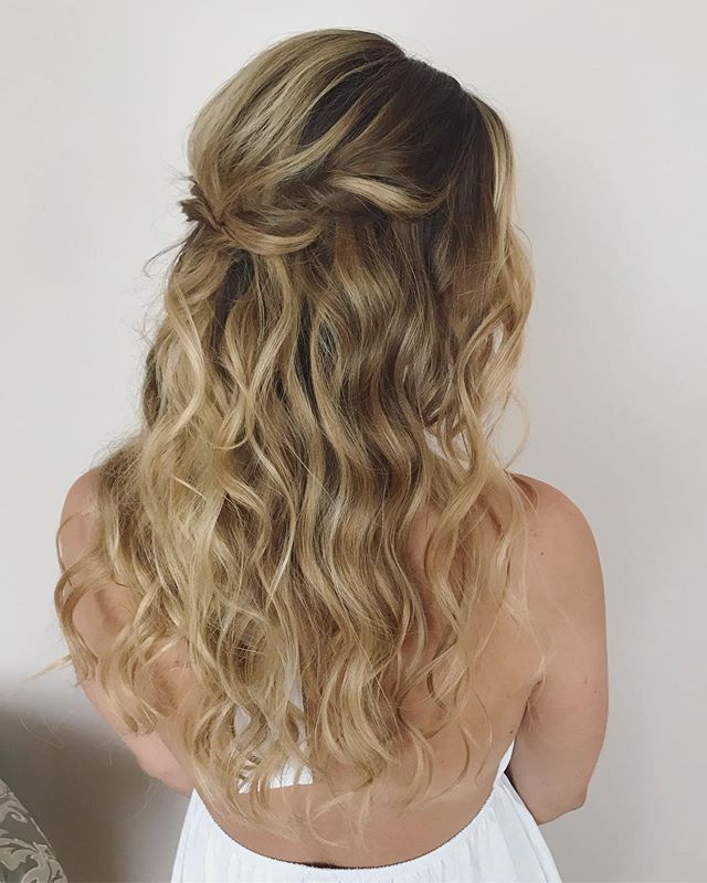 """My bride today was a DREAM. I love her, her friends, and her family. Such a laidback, loving environment to """"work"""" in this morning. Here is her bridal hair look. Soft, sweet, and relaxed...just like her. 💗  #virginiawedding #dmvwedding #dmvhairstylist #onlocationbridalhairstylist #bohobride #halfupdo #beachwaves #dchairstylist #vahairstylist #vamakeupartist"""