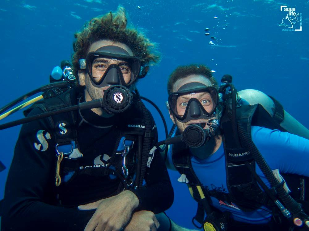 Enjoy the benefits of reducing your nitrogen intake, like longer dives with the Enriched Air Nitrox certification course!