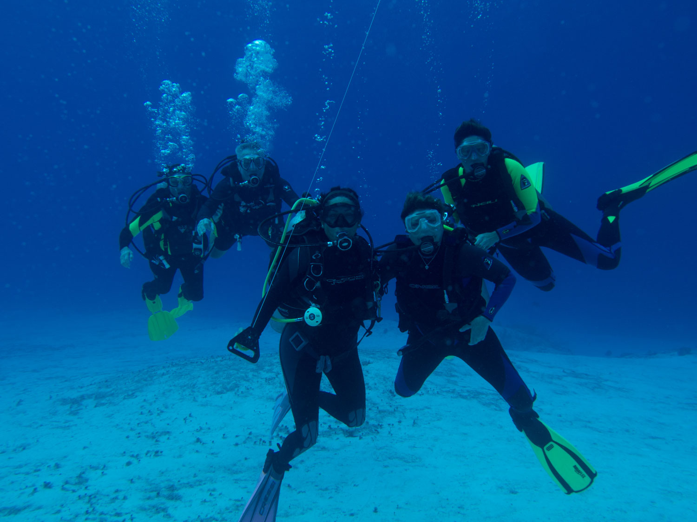 AL-IU_180412_Dive-Travel_0817.jpg