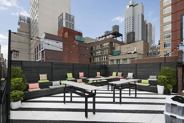 Join us for PRIDE COCKTAILS on the Lookup rooftop tonight 6pm-10pm. We have over 200 RSVPS and will be at capacity, come early to avoid the lines!  Hotel Metro 45 W 35th St / No cover! . . . #guysocial #gaysocial #gaysofinsta #instagay #gaypride #pride #pridecocktails #happyhour #nycpride worldpride #gayevents #gaynyc #gaynycnightlife