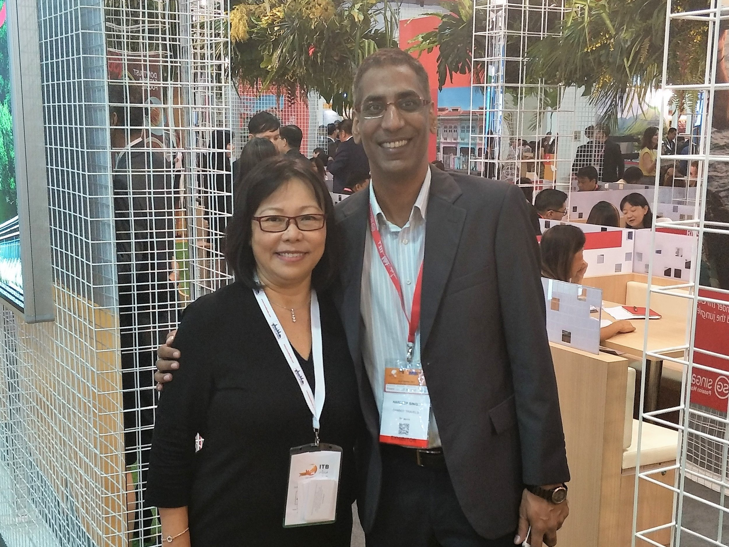 From left to right:  Ms Serene Law (VP, FLA), Mr Hardeep Singh (Director of Sales Operations, Chariot Travels Pte Ltd Singapore).