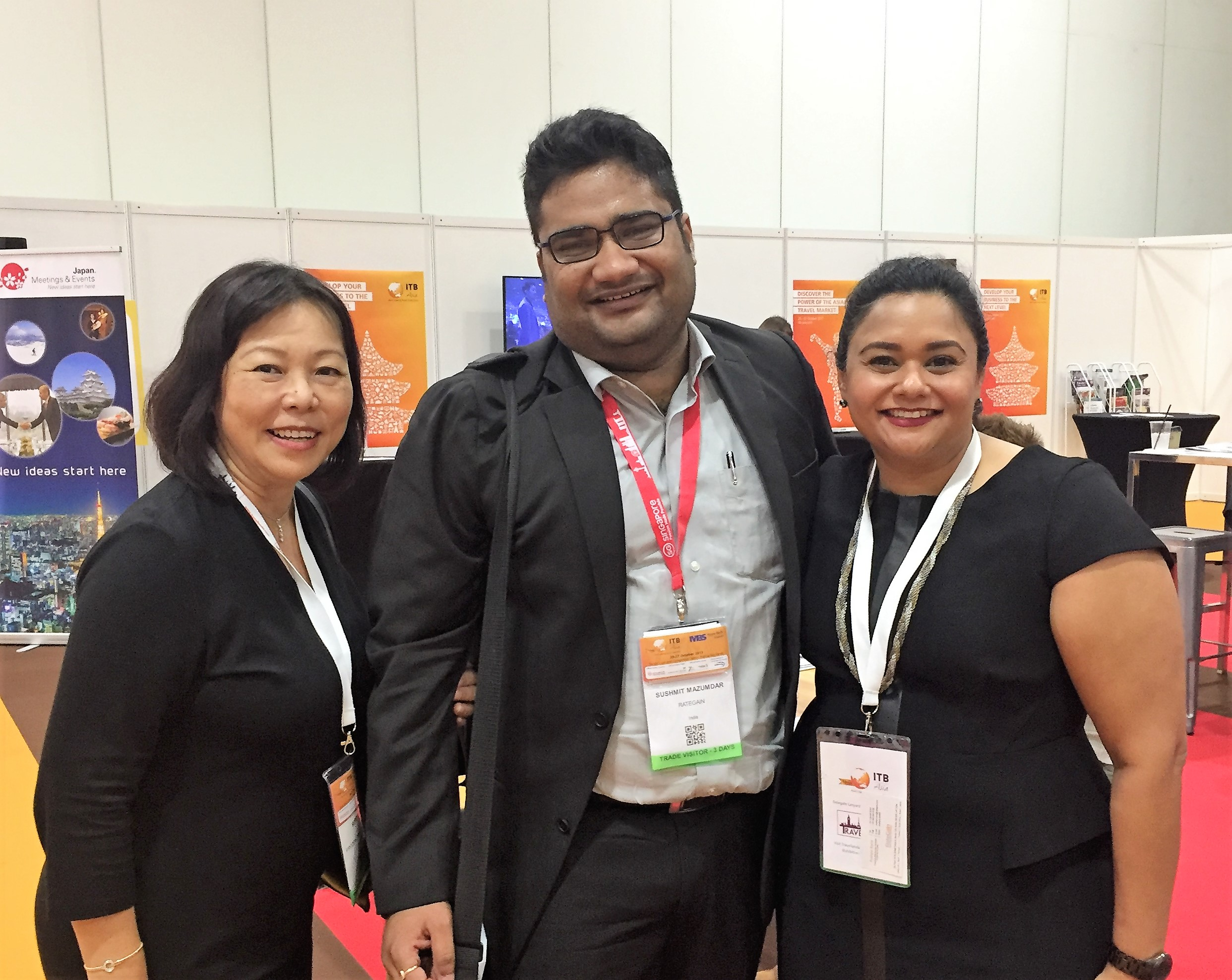From left to right:  Ms Serene Law (VP, FLA), Mr Sushmit Mazumdar (RateGain), Ms Jagdish Sandhu (CEO, FLA).